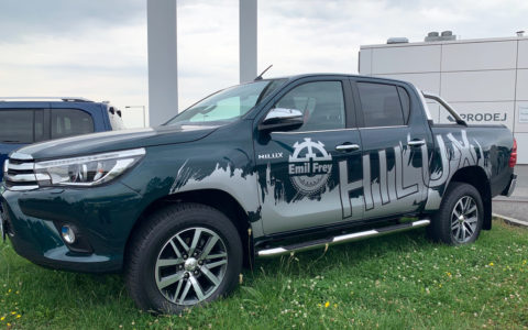 Reklamní polep Toyota Hilux